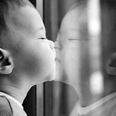 bébé-miroir1