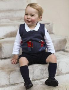 Pour-Noel-le-prince-George-nous-offre-de-nouvelles-photos-officielles_visuel_article2